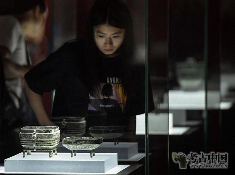 """李韵:四海归心 国宝归根——""""新中国成立70周年流失文物回归成果展""""背后的故事"""