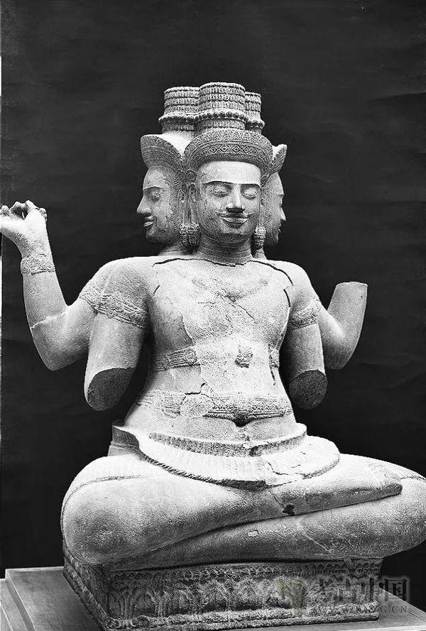 石泽良昭:印度教与佛教影响下的吴哥时代柬埔寨佛像造像
