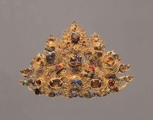 明代 · 镶宝石金帽饰(甘肃省博物馆)