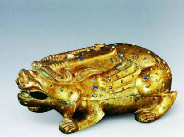 嘉定博物馆:从汉三熊足圆砚到金冬心像太史砚