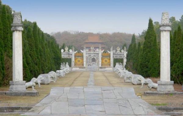 中国首个发掘的皇陵出土文物知多少?学界探讨明清皇陵保护