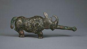 战国 · 巴蜀金银錯犀牛铜带钩(重庆中国三峡博物馆)