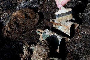 河南:洛阳发现2600年前戎人王级大墓