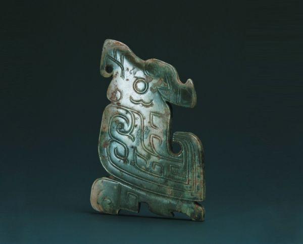 商代 · 玉鸟(上海博物馆)