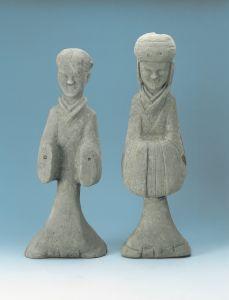 西汉 · 灰陶俑(扬州博物馆)