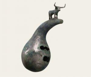 西汉 · 立牛曲管铜葫芦笙(云南省博物馆)