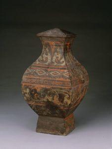 汉代 · 彩绘陶方壶(故宫博物院)