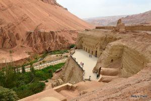 高丹:跋山涉水,新疆新发现乌恰特石窟