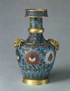 元代 · 掐丝珐琅缠枝莲纹藏草瓶(故宫博物院)