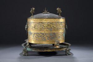 东汉 · 金银涂乘舆大爵酒樽、承盘(邯郸市博物馆)