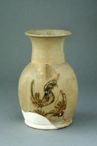 唐代 · 长沙窑青釉褐绿彩凤鸟纹执壶(湖南省博物馆)