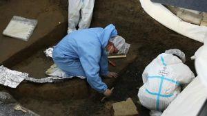 四川:三星堆8号坑发现可拼接青铜碎片 或为礼仪用器