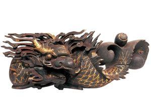 清代 · 木雕鱼龙纹雀替(广东省博物馆)