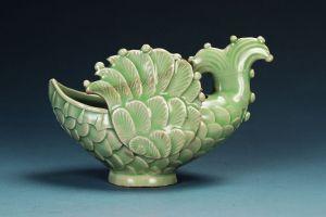 五代 · 耀州窑青瓷飞鱼形水盂(辽宁省博物馆)