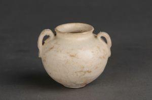 隋代 · 白瓷双系小罐(吴中博物馆)