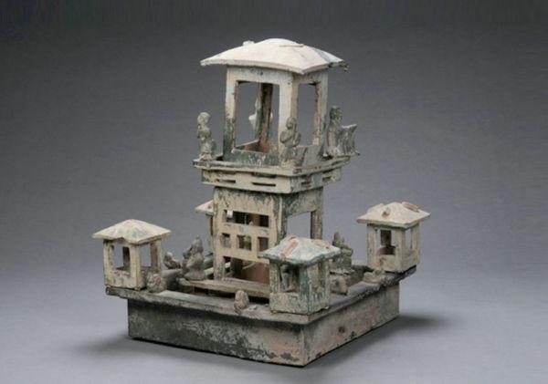 东汉 · 绿釉陶水榭(河南博物院)