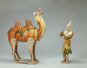 唐代 · 三彩胡人牵骆驼俑(故宫博物院)