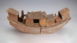 东汉 · 楼舱式陶船(广东省博物馆)