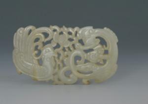 清代 · 透雕龙凤玉饰(重庆中国三峡博物馆)