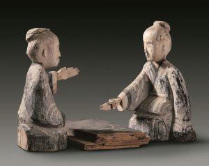 汉代 · 彩绘木雕博戏俑(甘肃省博物馆)
