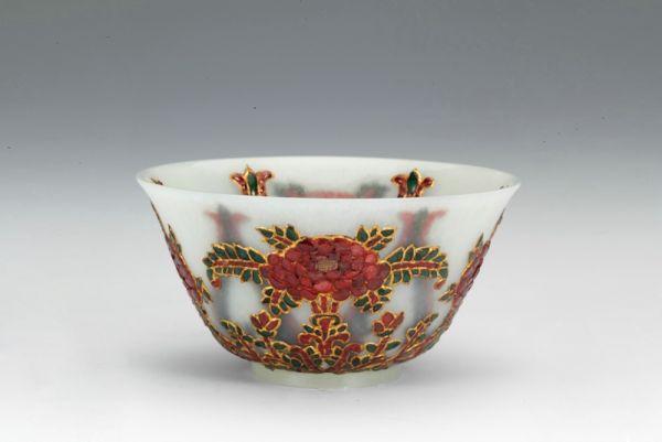 清代 · 白玉嵌宝石描金碗(山西博物院)