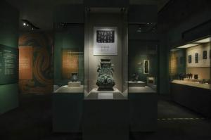 """中国国家博物馆:见证最早的""""中国""""——何尊等宝鸡出土青铜重器在国博展出"""