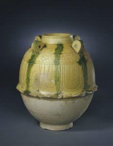 北朝 · 铅黄釉绿彩莲瓣纹罐(故宫博物院)
