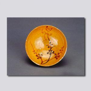 元代 · 黄釉彩绘月映梅纹碗(首都博物馆)