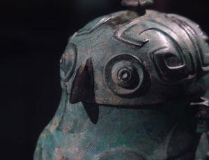 商代 · 鸮卣(山西博物院)