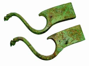 尹钊等:秦汉青铜承弓器