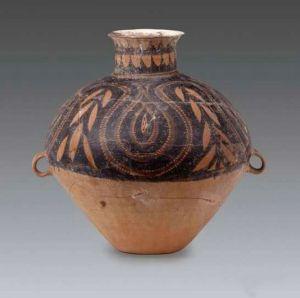 新石器时代 · 豆荚纹双耳彩陶壶(宁夏博物馆)