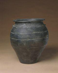 新石器时代 · 龙山文化黑陶双系罐(故宫博物院)