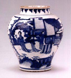 明清 · 青花人物罐(宁夏博物馆)