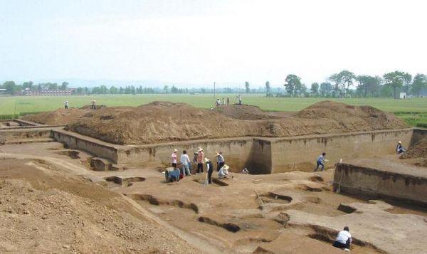 许宏:中国考古学长足发展的缩影——写在《二里头考古六十年》出版之际