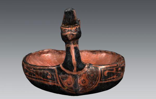 西汉 · 彩漆凤形勺(湖北省博物馆)
