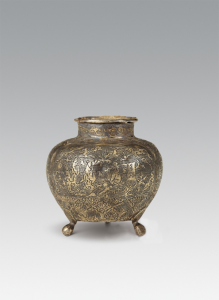 唐代 · 春秋人物纹三足银罐(陕西历史博物馆)